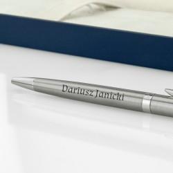 prezent dla niego długopis z grawerem