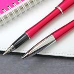 pióro i długopis w zestawie