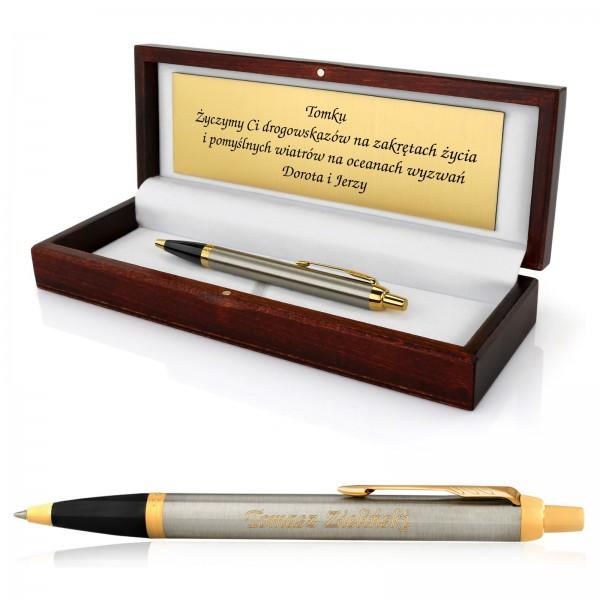 elegancki długopis dla mężczyzny w drewnianym pudełku z grawerem