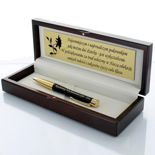 długopis parker w drewnianym etui