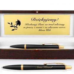 elegancki długopis z grawerem na prezent dla nauczyciela