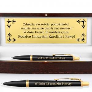 długopis parker z grawerem w drewnianym etui na prezent na 18