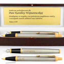 pióro i długopis z dedykacją na prezenet dla nauczyciela