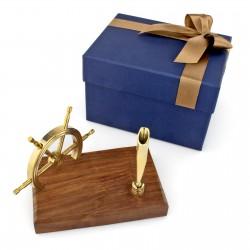 drewniany stojak ster na prezent marynistyczny