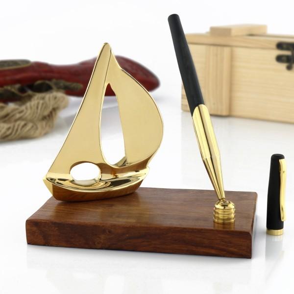 stojak na długopis na prezent